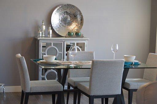 stylowe krzesła do jadalni drewniane tapicerowane